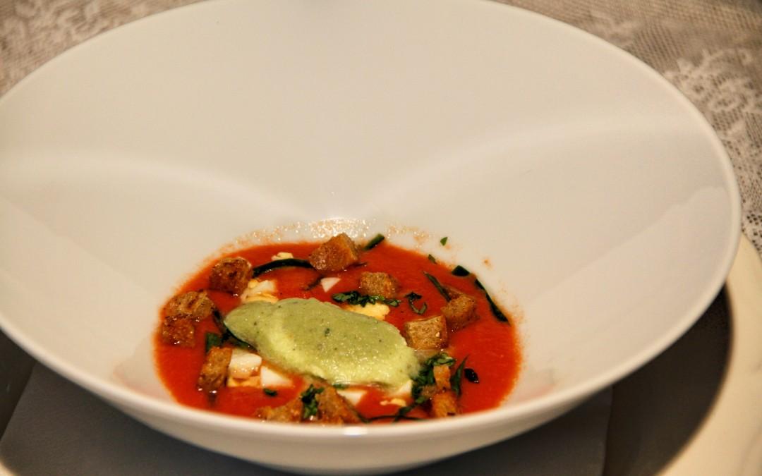 Gazpacho med agurke-mynte granite